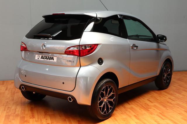 aixam-emotion-coupe-premium-rg-bikes-silleda-coche-sin-carnet-2
