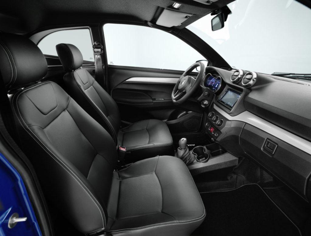 coche-sin-carnet-aixam-coupe-premium-rg-bikes-silleda-12